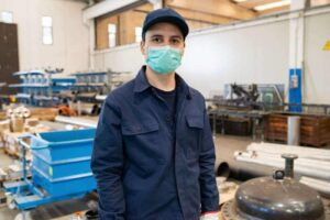 manufacturing software helps to fight ovid19